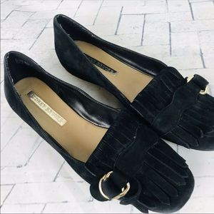Black suede flats 9 look like Gucci